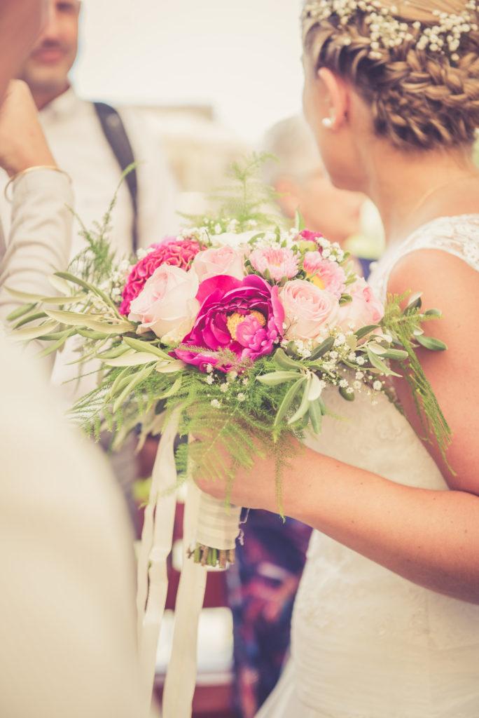 bouquet de mariée prune et blanc