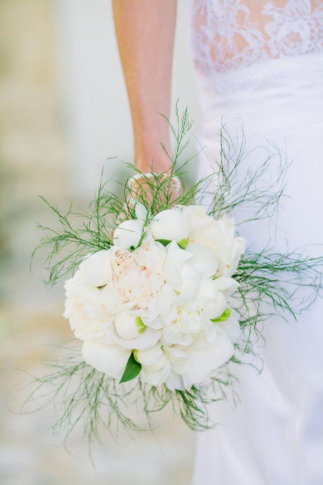 bouquet du fleuriste mariage blanc  fleur par nature montpellier