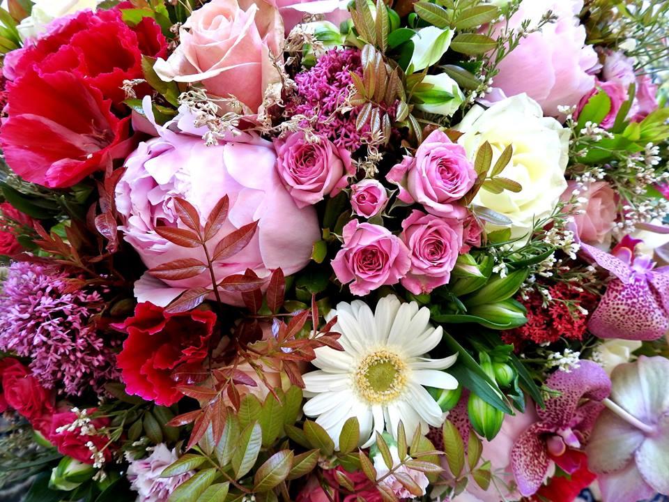 bouquet blanc et rose fleur par nature montpellier