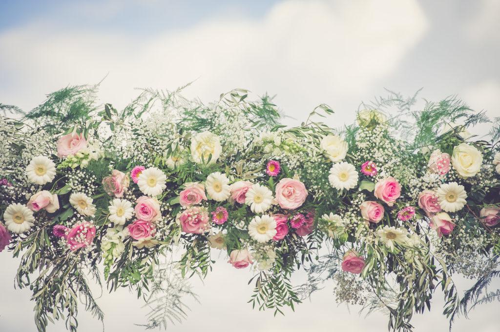 arche pastel de mariage  fleur par nature montpellier