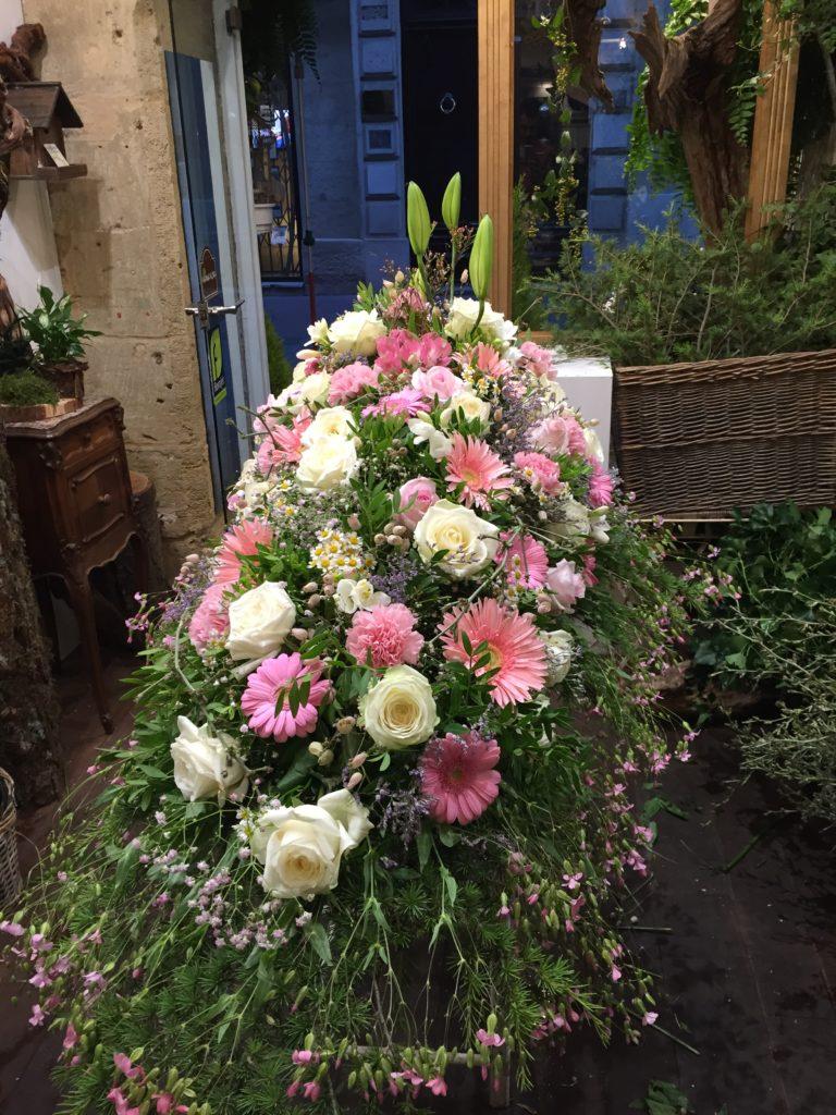 dessus de cercueil pastel deuil fleur par nature montpellier